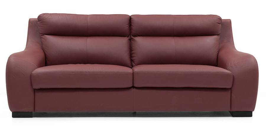 With bold curves, sweeping low armrests, and split-back cushions, the Vicenza is a masterpiece in luxury