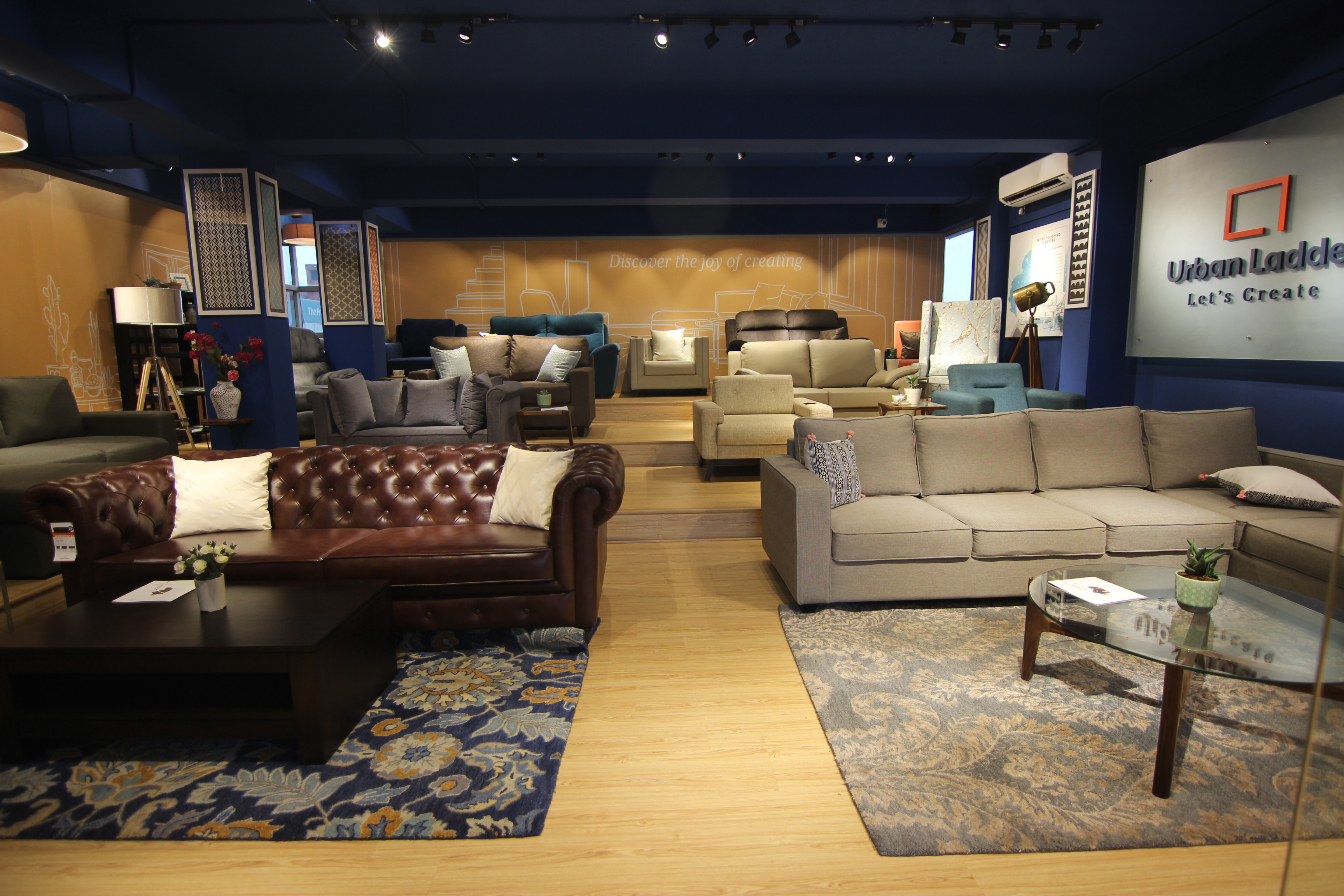 ... Sofa Store ...