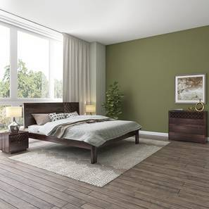 Alaca Master Bedroom Set (Mahogany Finish, Queen Bed Size) by Urban Ladder