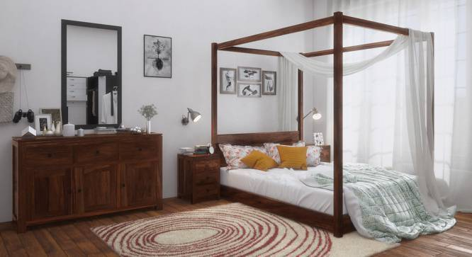 Striado Four Poster Bed (Teak Finish, Queen Bed Size, Yes) by Urban Ladder