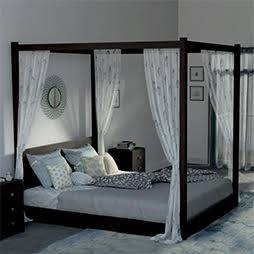 Striado 4 Poster Bed